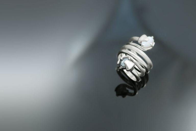 Prstan-kaci-opal-hematit-srebro